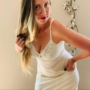 Vintage 60s Body Lites White Nylon Lace Slip